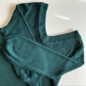 A MTL 1980 V-Neck Cable Knit Sweater Size 1X